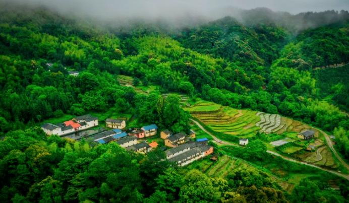 加强农业农村法制建设 促进乡村振兴和农业农村现代化 《关于全面推进农业农村法制建设的意见》解读